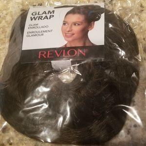 Revlon Glam Wrap dark brown scrunchy hair extensio
